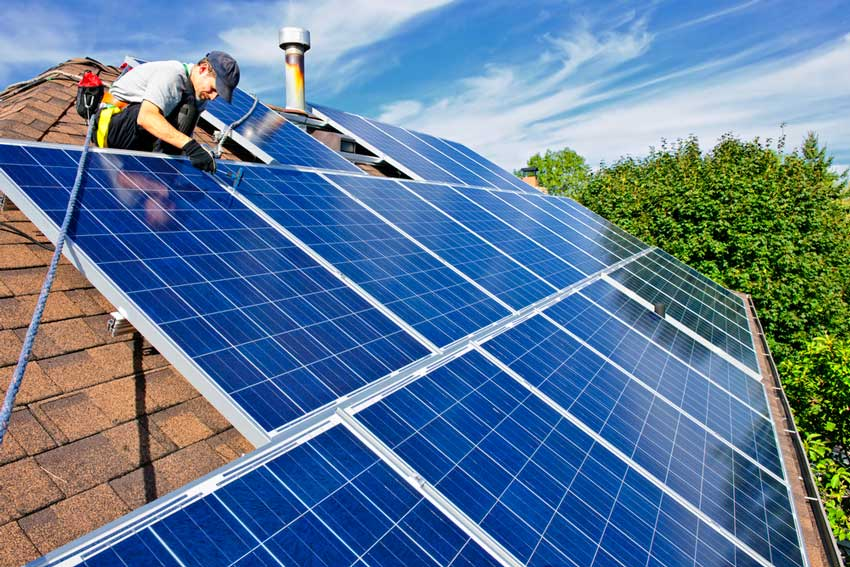 an energy efficient roof that is able to receive canadian tax credits
